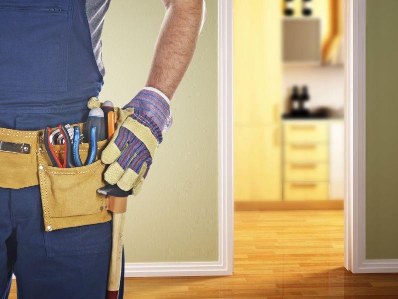 การซ่อมแซมบาน ประตูไม้ ด้วยตัวเอง ทำอย่างไรได้บ้าง