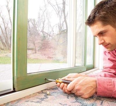 วิธีการซ่อมแซมหน้าต่างไม้