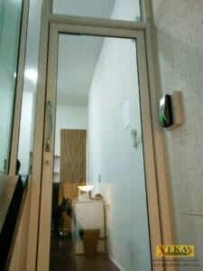 กลอนแม่เหล็กไฟฟ้า สำหรับประตูล๊อคไฟฟ้า ประตูร้านทอง ประตูคีย์การ์ด บริษัท ซิกน่าเมต้า จำกัด