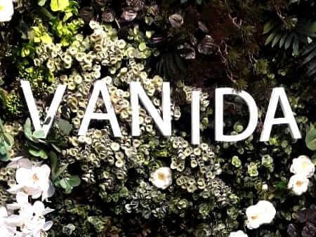 Bann Vanida Bar and Restaurant ติดตั้ง ระบบประตูเลื่อน&สวิตซ์ไร้สาย